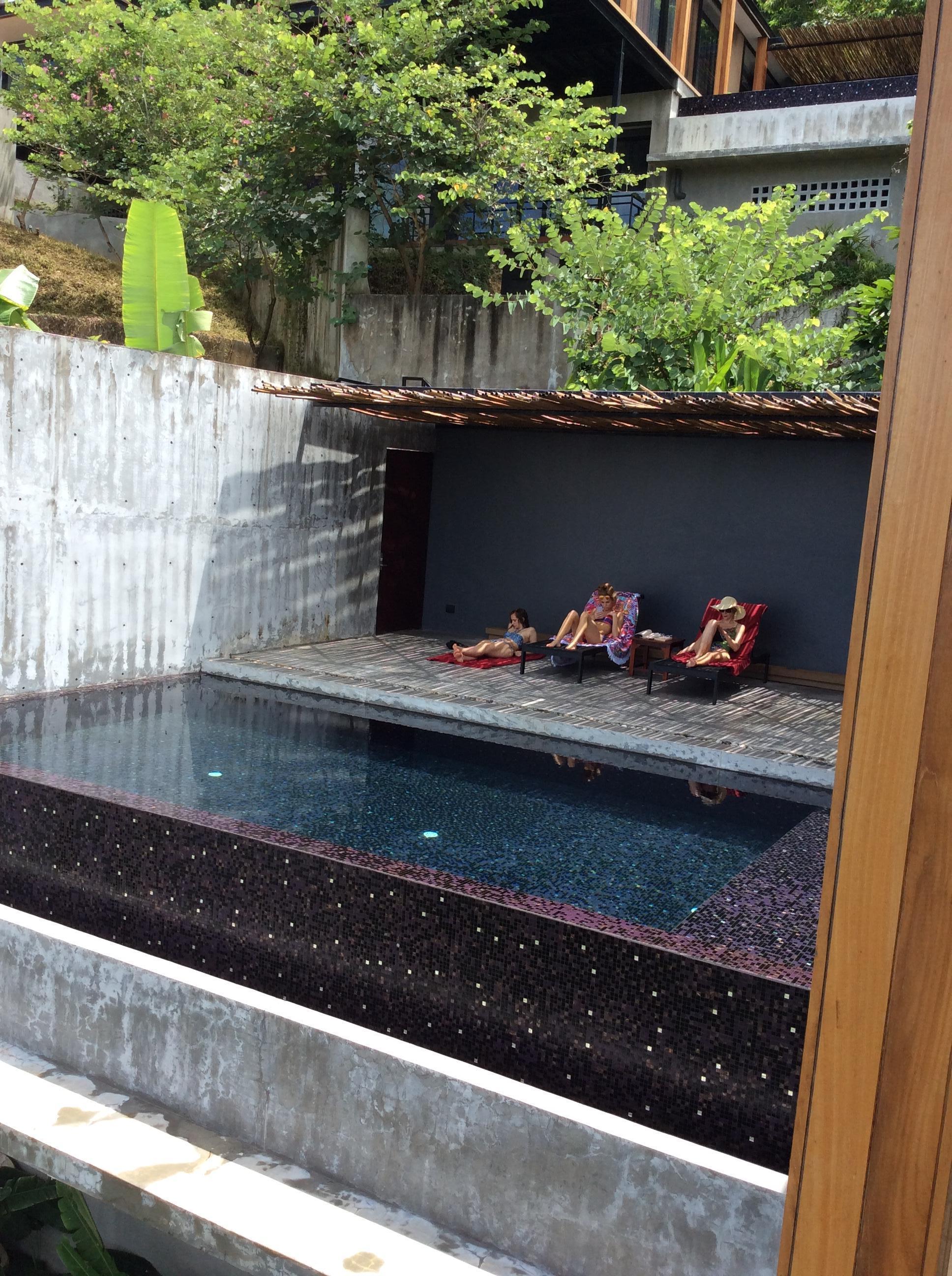 Private Infiniti pool