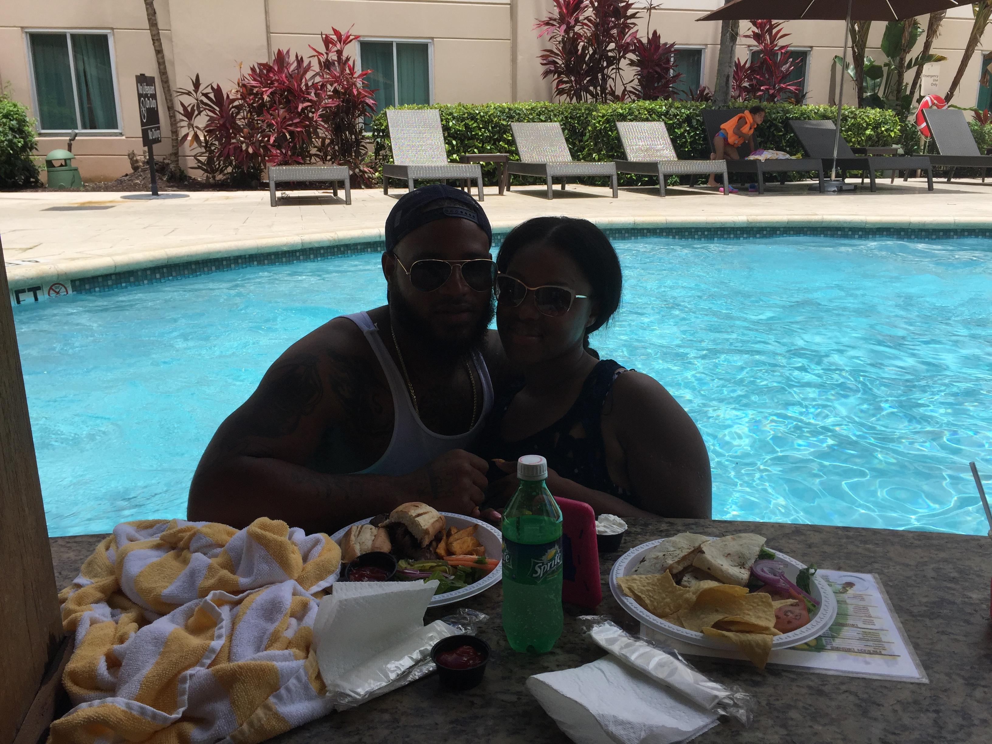 Lunch date in the pool
