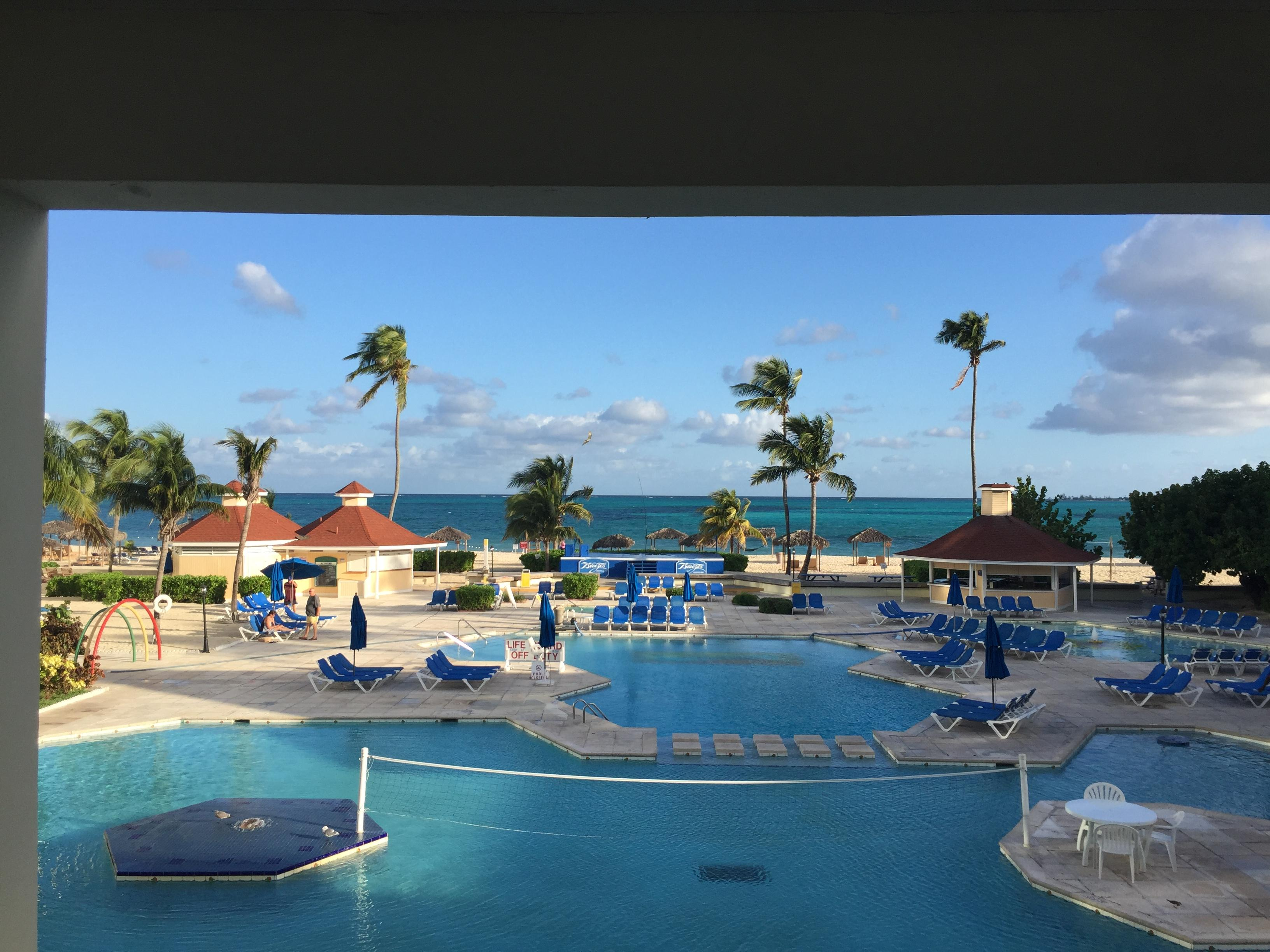 Book Breezes Resort Bahamas All Inclusive Nassau Hotel Deals - 10 over the top all inclusive vacation amenities