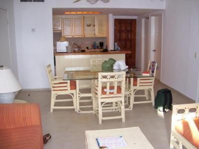 Ample space.. Self Catering ..Wonderful Resturant for All Inclusive option ..Everything cooked fresh to order !!!
