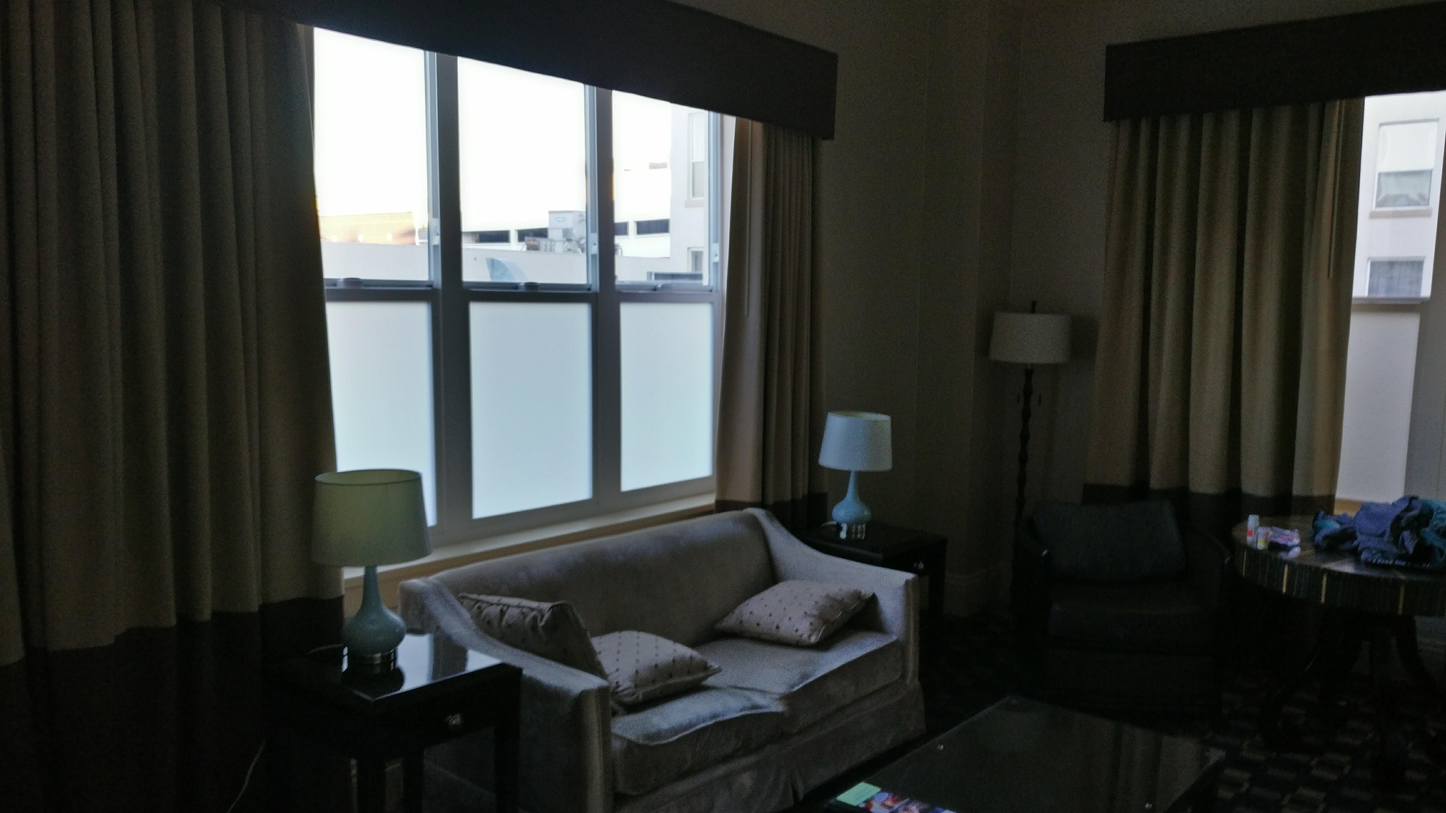 Suite sitting area