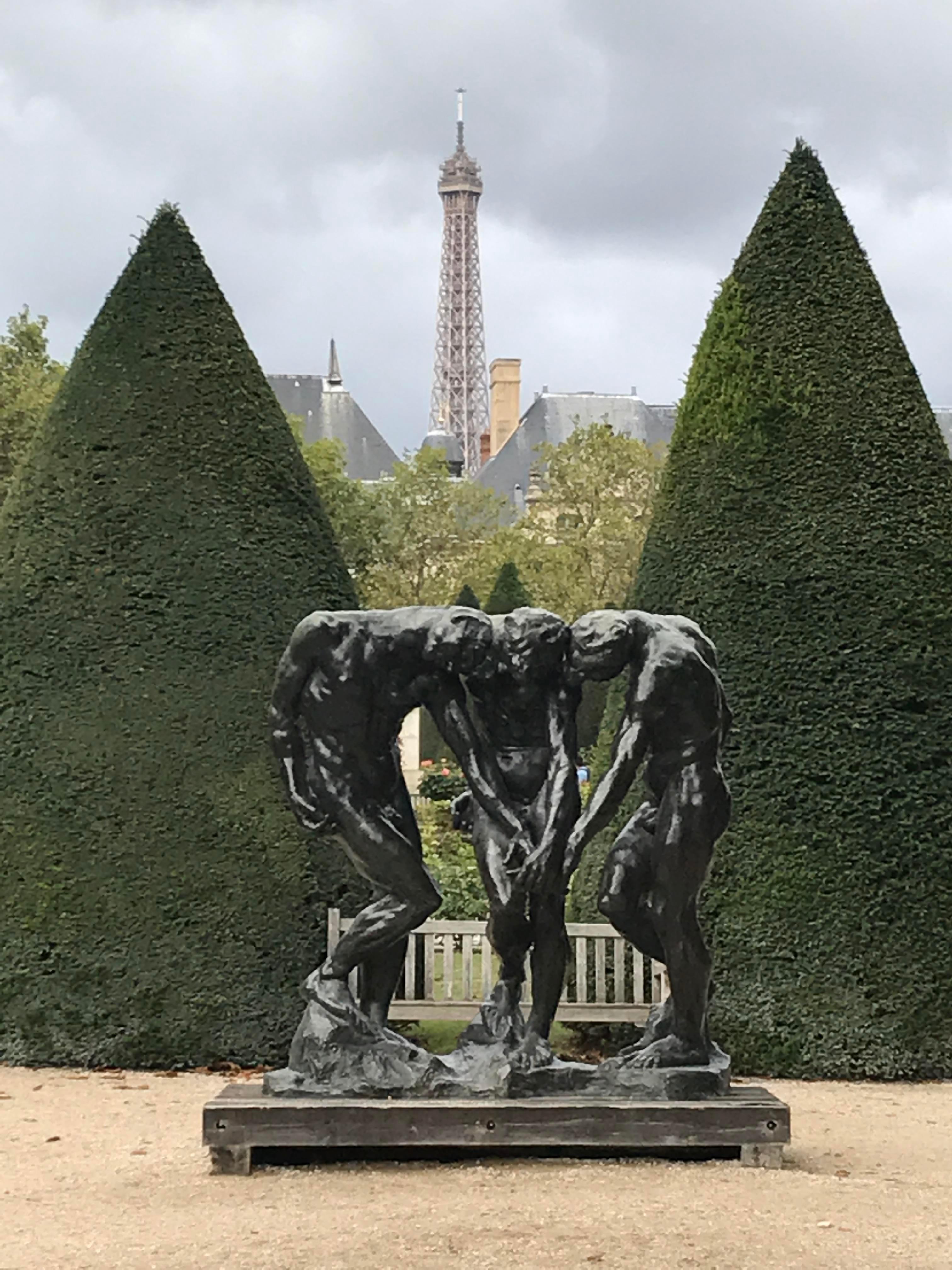 Jarin De Rodin walking distance