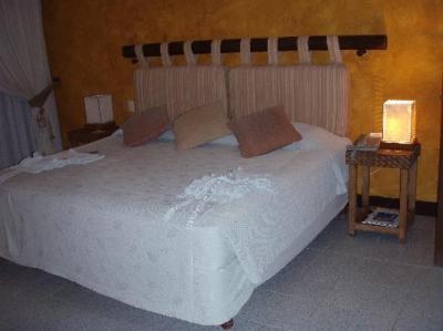 bedroom, very comfy bed