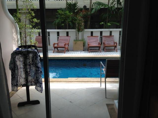 pool access from room