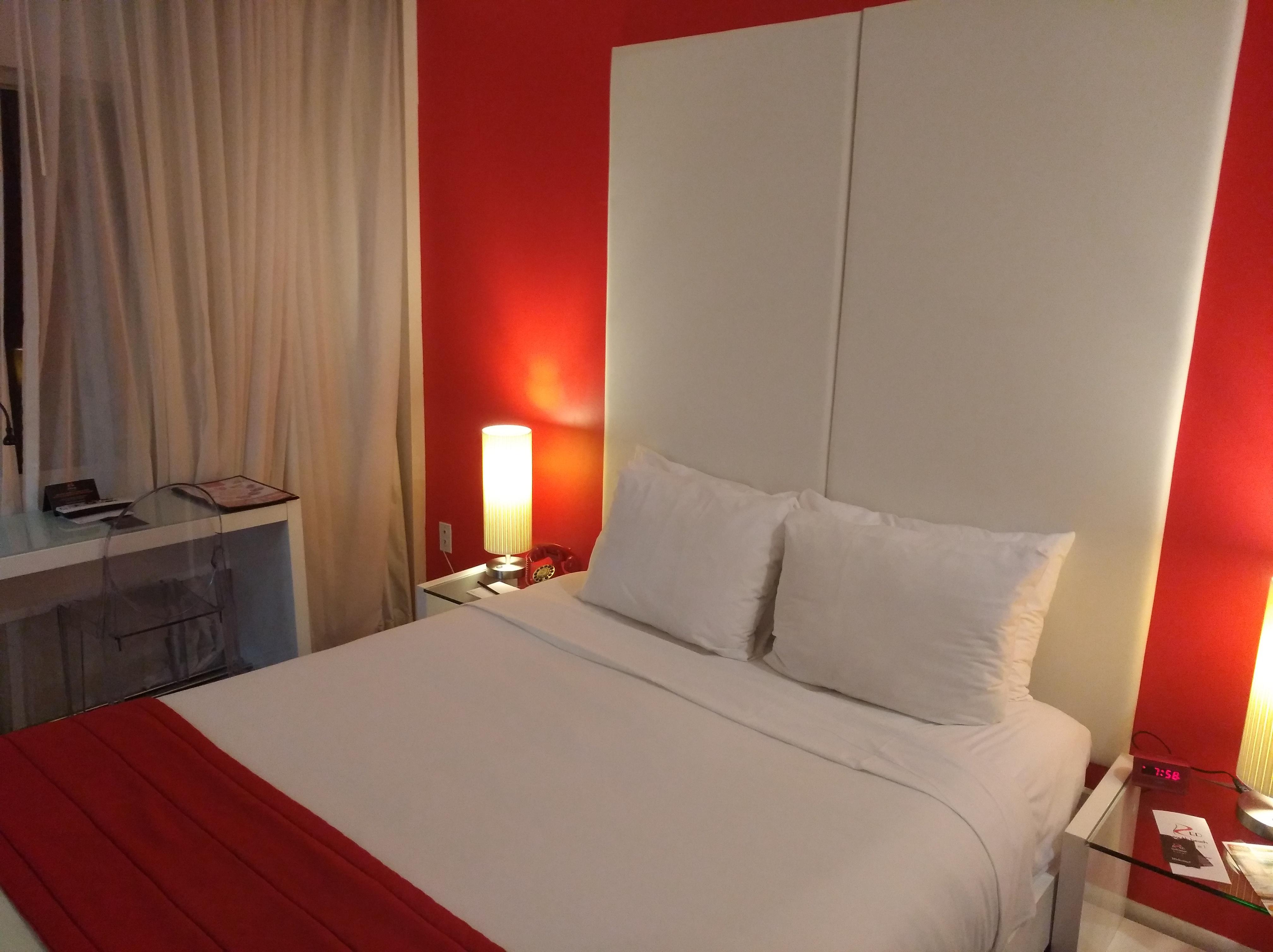 Zimmer 215