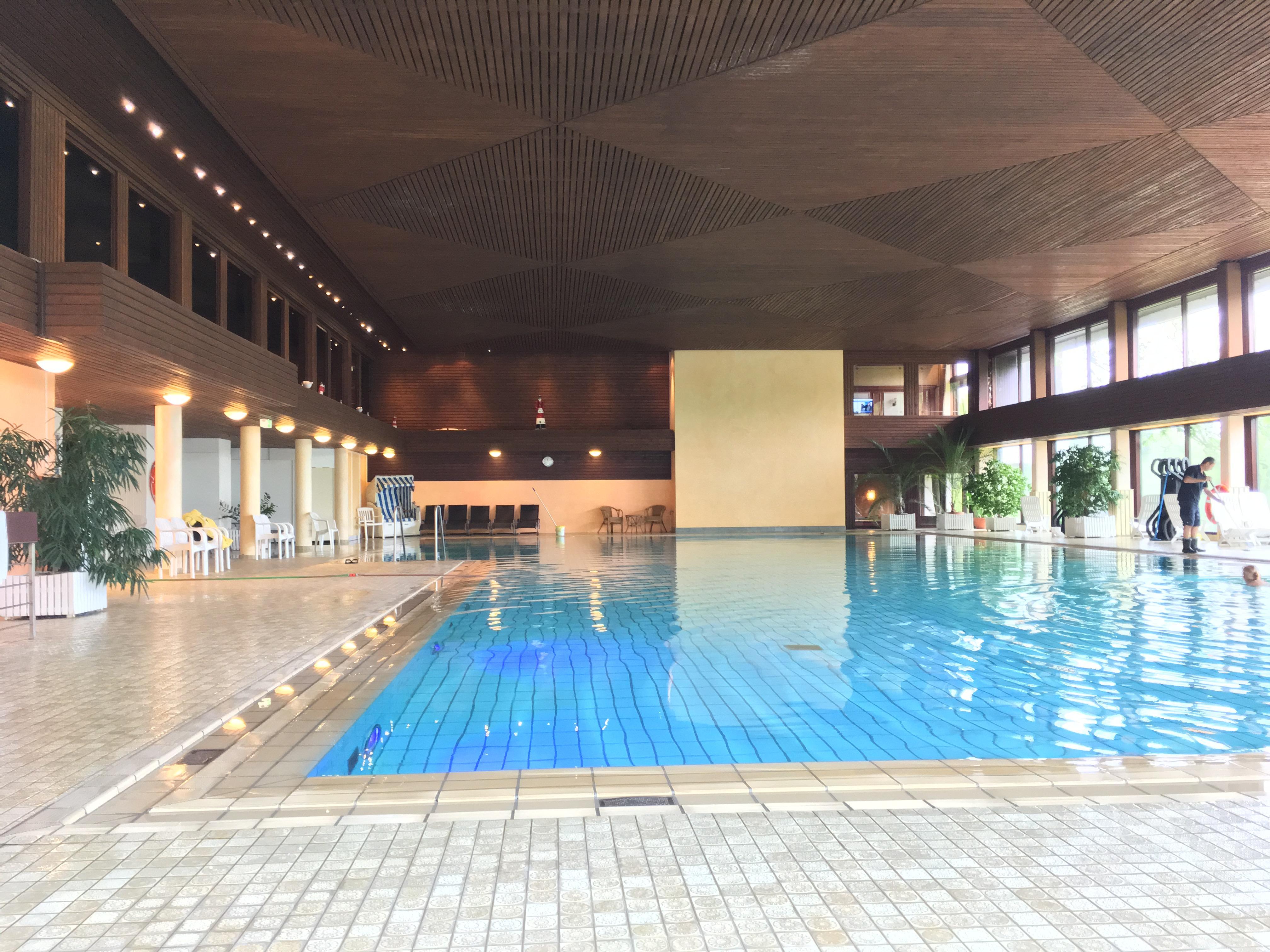 Sauberes Schwimmbad