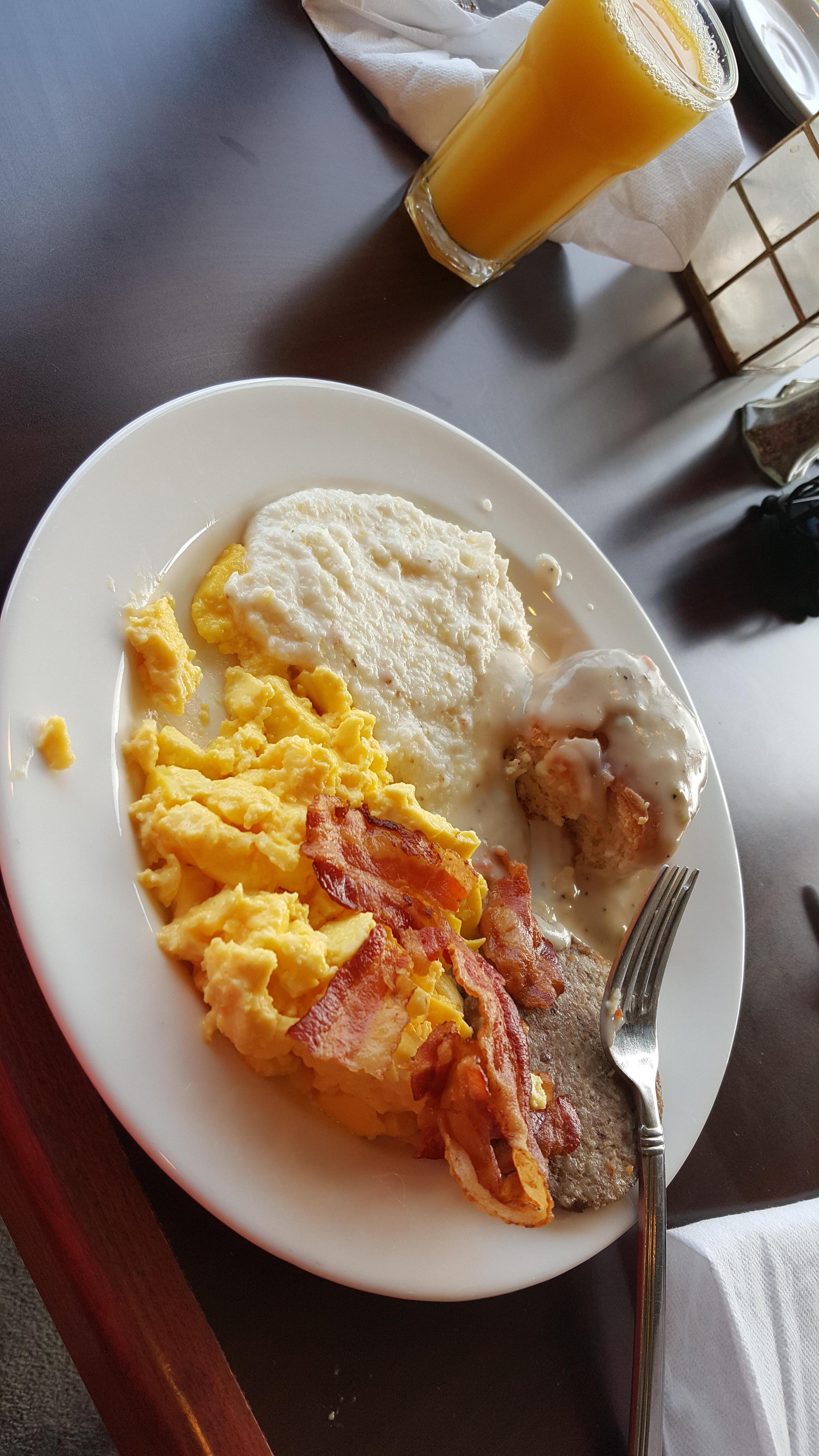 Full southern breakfast buffet