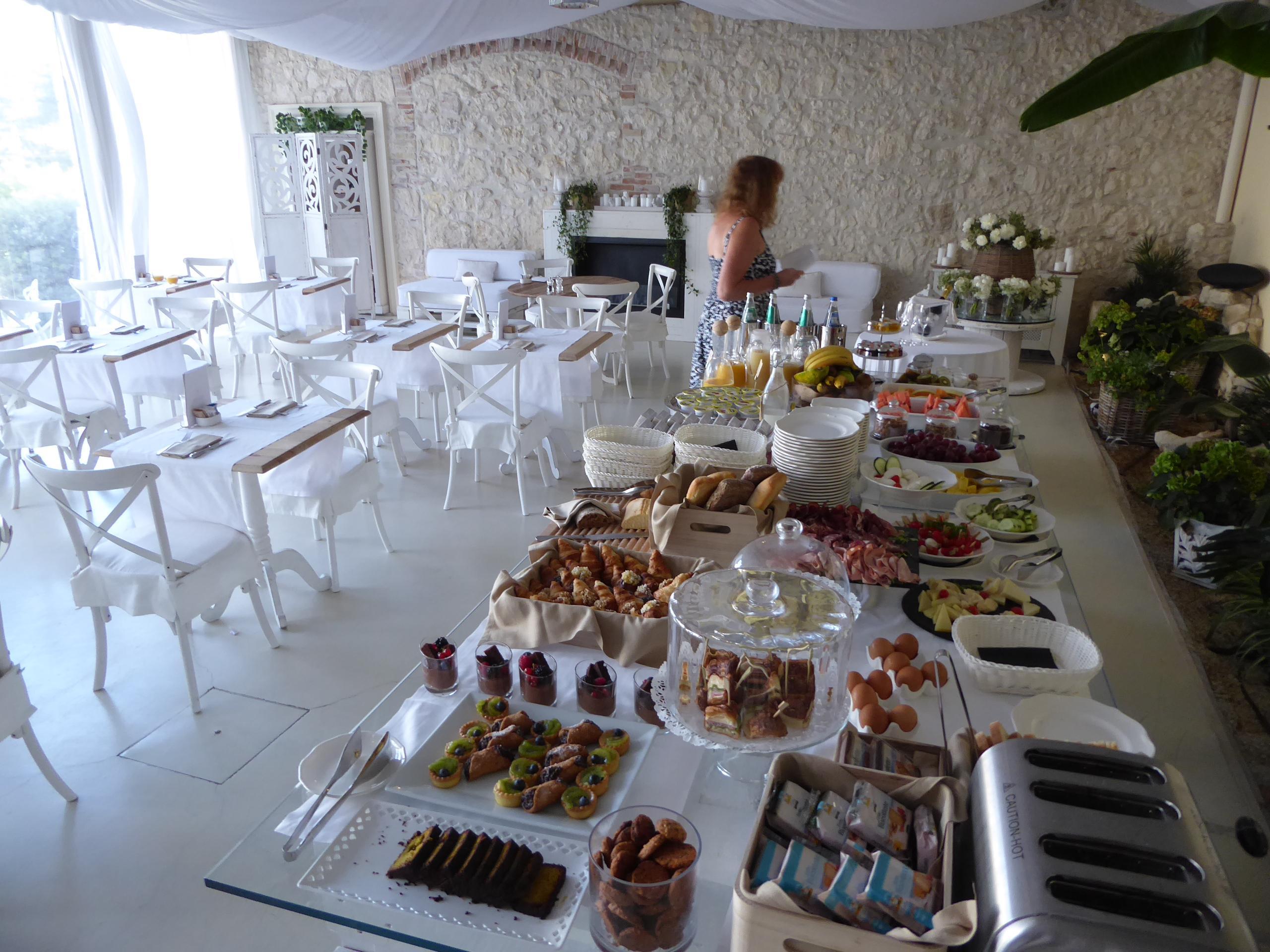 Buffet Italiano Cagliari : Hotel villa fanny cagliari ita best price guarantee lastminute