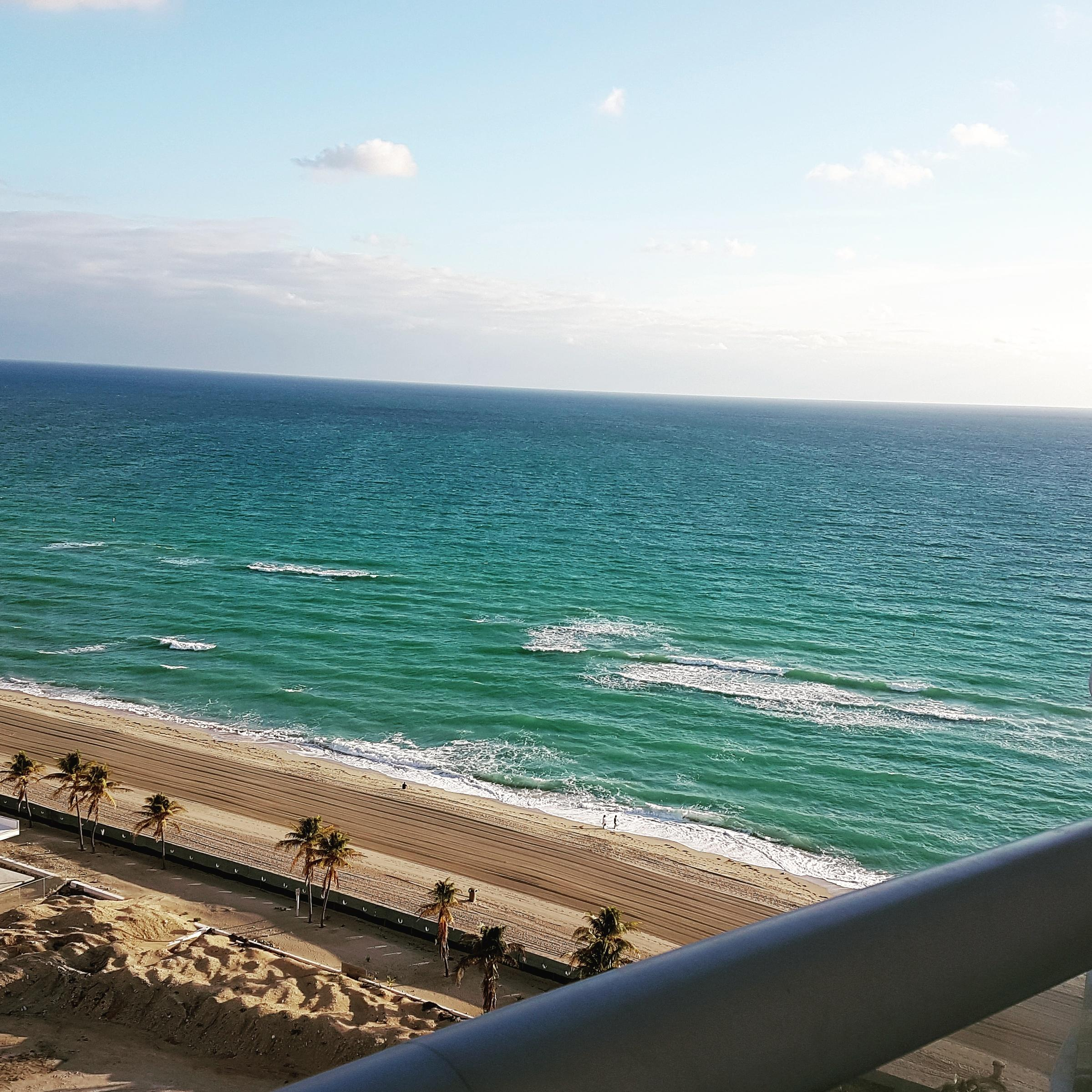 That's the side of the balcony view. The best ones are the ocean view rooms, because you have a 360 ocean view.